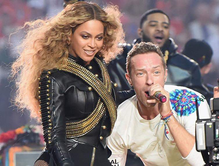 beyonc knowles giving back to society Singer beyonce knowles-carter, shown in this file photo, supports higher education through scholarships administered via her beygood foundation a texas southern university student is one of eight .